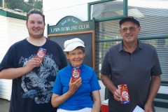2nd-place-crackerjack-winners-from-left-Jonathan-Mantell-Linda-Clegg-and-Gerry-Clark-skip